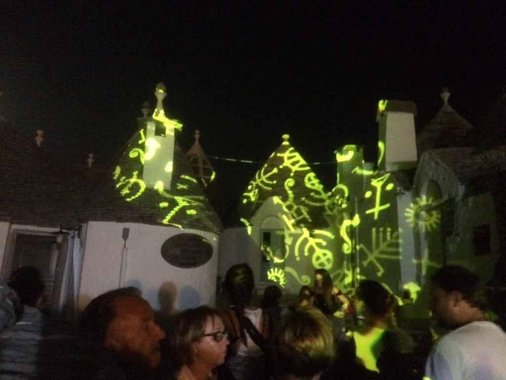 Alberobello festival of lights trulli